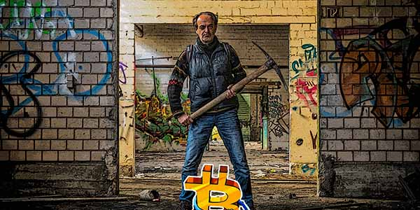 Thợ đào Bitcoin và tiền điện tử