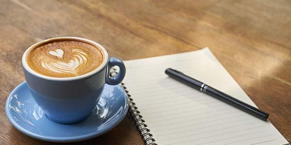 Bắt đầu bài viết cho blog lúc 4 giờ sáng hàng ngày